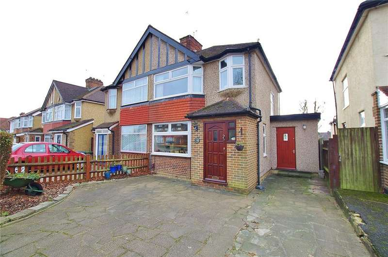 3 Bedrooms Semi Detached House for sale in Balmoral Road, Watford, Hertfordshire, WD24