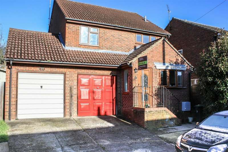 3 Bedrooms Detached House for sale in Sunnyside, Stansted Mountfitchet, Essex