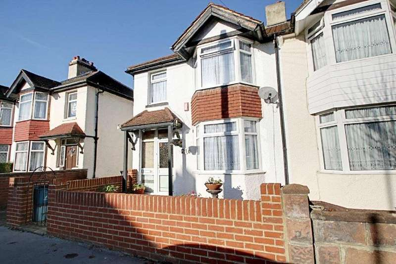 3 Bedrooms Semi Detached House for sale in Westbourne Road, Croydon, CR0