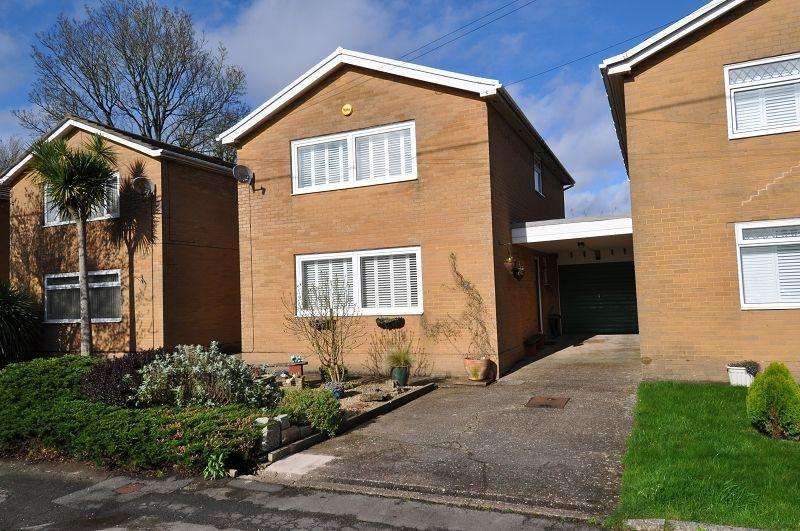 3 Bedrooms Detached House for sale in Greenfield Avenue, Dinas Powys, The Vale Of Glamorgan. CF64 4BW