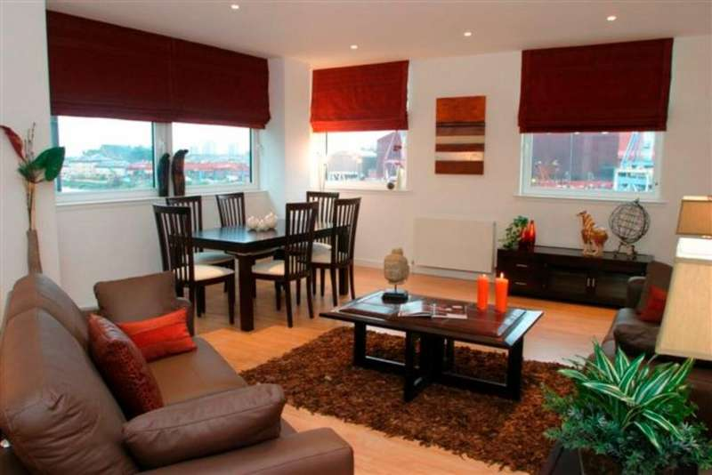2 Bedrooms Flat for rent in Meadowside Quay Walk, Flat 3/1, Glasgow Harbour , Glasgow, G11 6AW