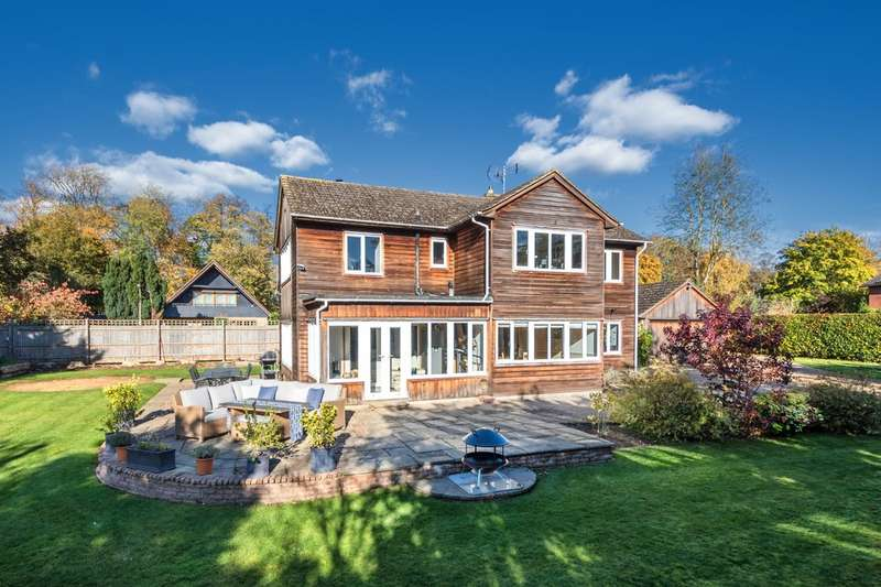 4 Bedrooms Detached House for sale in Robinswood, Wansford PE8