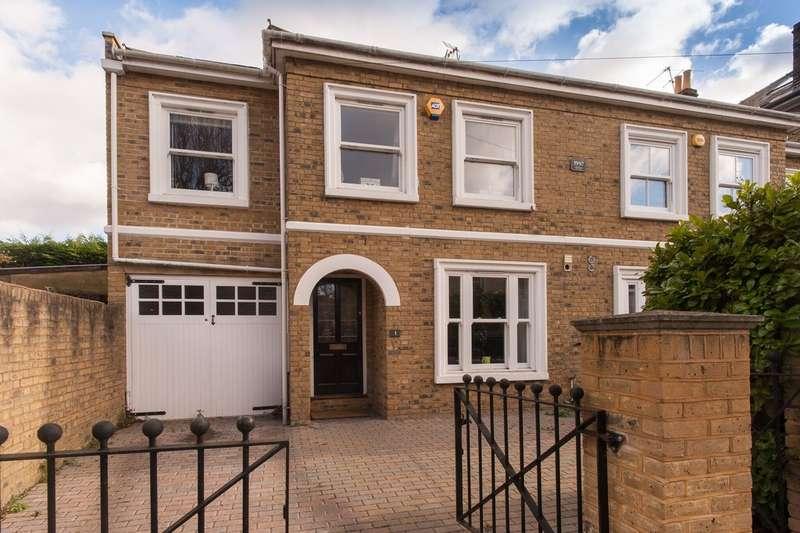 4 Bedrooms Semi Detached House for sale in Grange Road, Kingston Upon Thames KT1