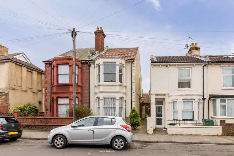 3 Bedrooms Semi Detached House for sale in Pitcroft Road, Portsmouth