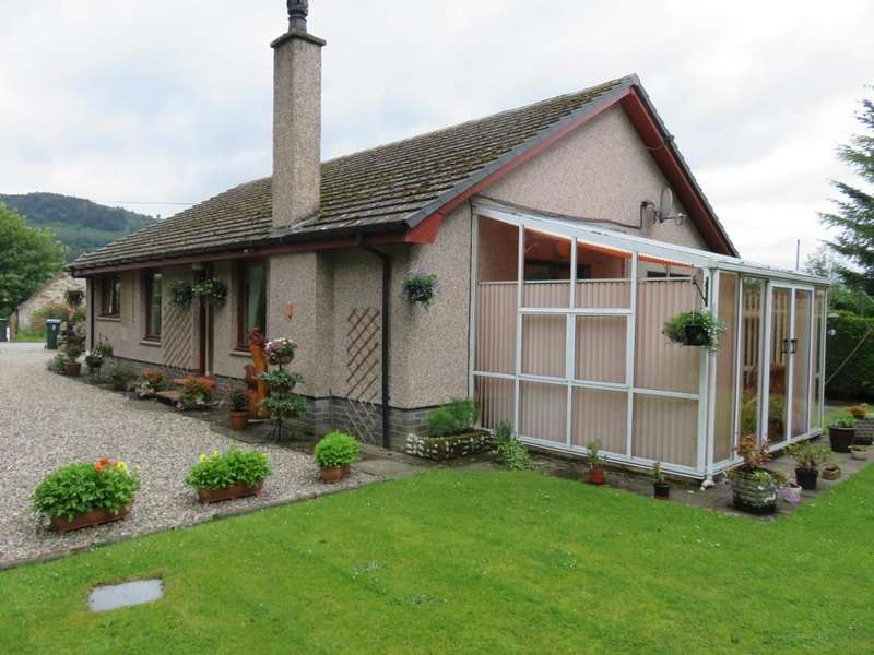 3 Bedrooms Detached Bungalow for sale in Cairncroft, Balnaguard, Pitlochry PH9