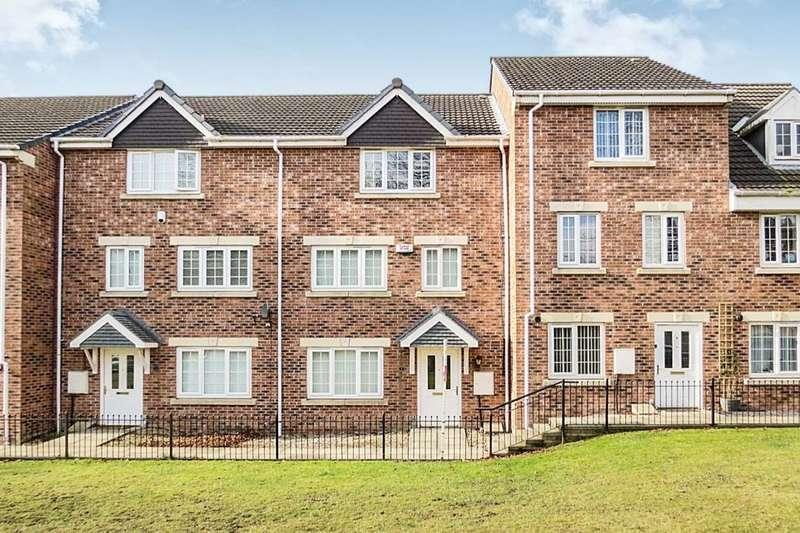 5 Bedrooms Property for rent in Oak Tree Lane, Seacroft, Leeds, LS14