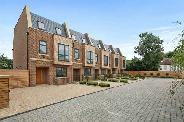 5 Bedrooms End Of Terrace House for sale in Duchess Mews, King Edwards Gardens, LONDON