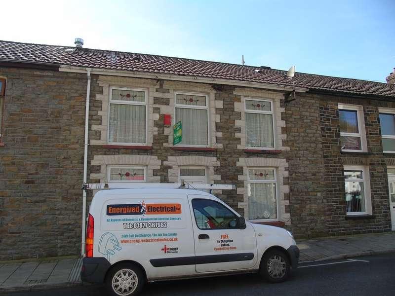 3 Bedrooms Terraced House for sale in Furnace Road, Pontygwaith, Ferndale