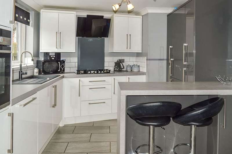 2 Bedrooms Property for sale in Tedworth Road, Hull, HU9