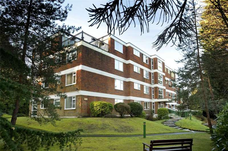 1 Bedroom Flat for sale in Crusader Court, 72 Surrey Road, Bournemouth, Dorset, BH4