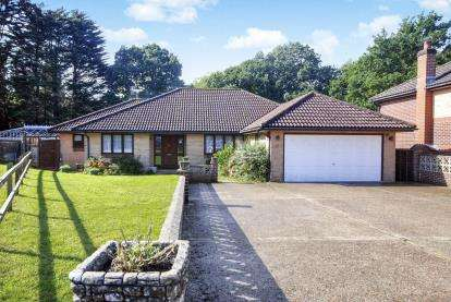 4 Bedrooms Bungalow for sale in Ryde, Isle Of Wight