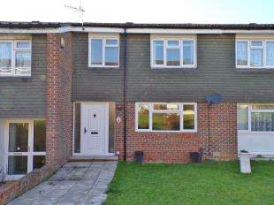 3 Bedrooms Terraced House for sale in Derwent Drive, Tonbridge, Kent, .