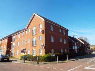 2 Bedrooms Flat for sale in Battery Road, West Thamesmead, London
