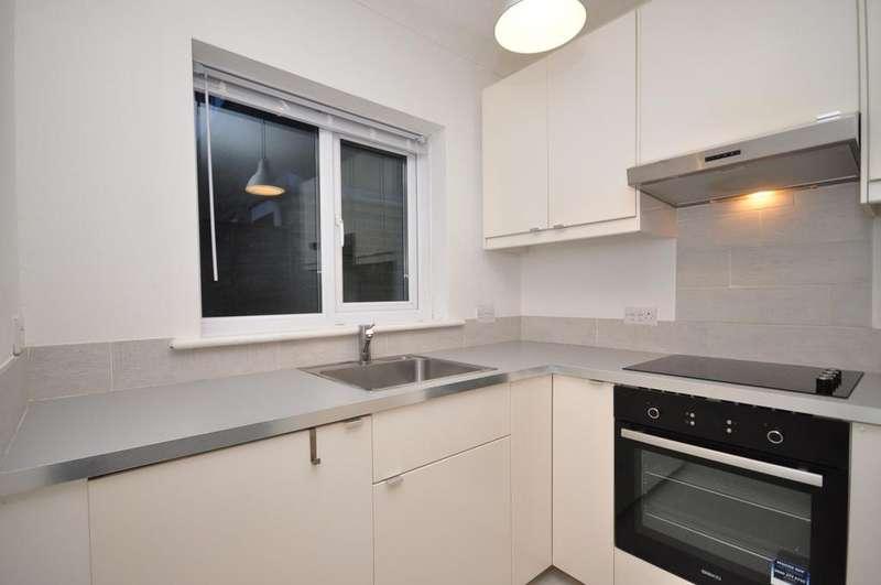 1 Bedroom Semi Detached Bungalow for rent in Leigh Road Havant PO9