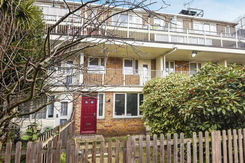 2 Bedrooms Ground Maisonette Flat for sale in Rock Grove Way, Bermondsey