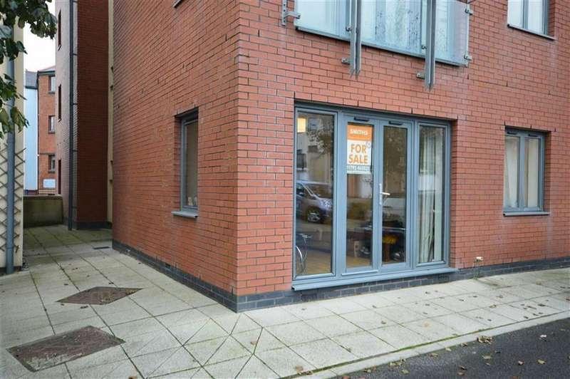 2 Bedrooms Flat for rent in St Christophers Court, Swansea, Swansea