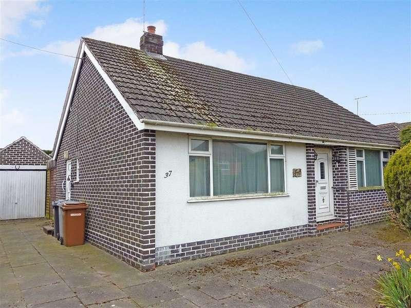 2 Bedrooms Detached Bungalow for sale in Green Lane, Willaston, Nantwich