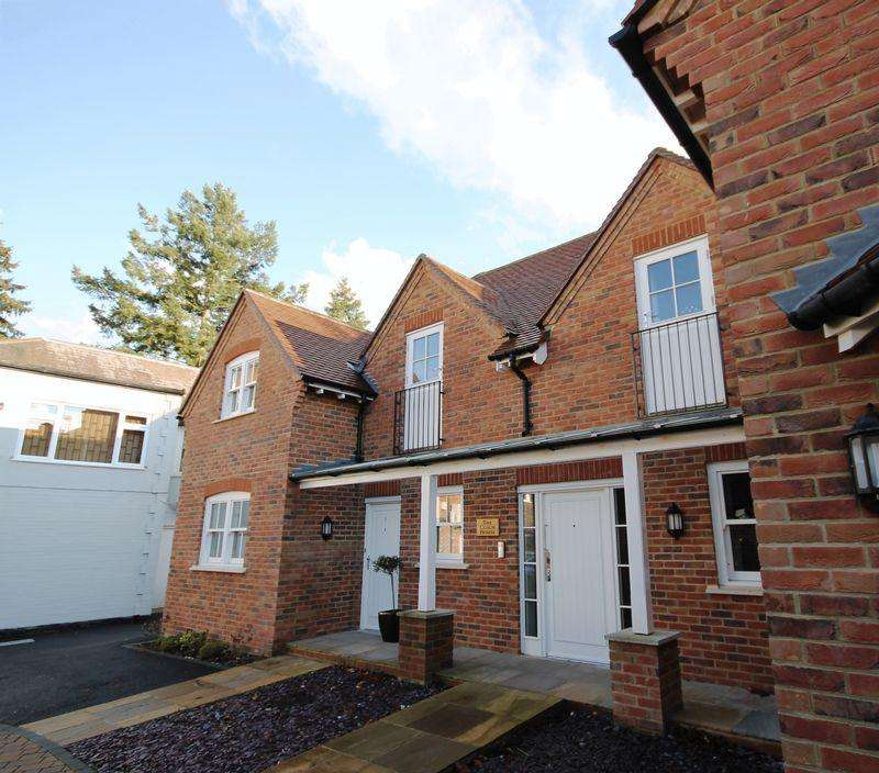 1 Bedroom Apartment Flat for rent in Post House Lane, Great Bookham Village