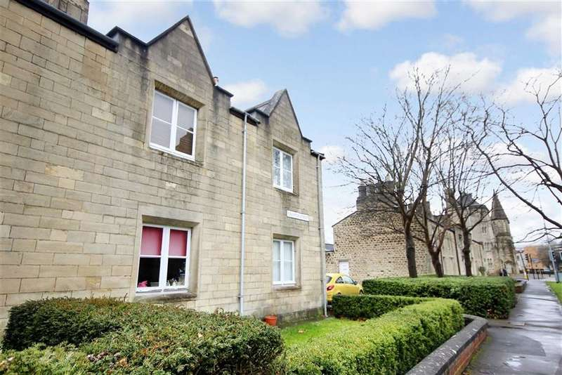 2 Bedrooms Apartment Flat for sale in Emlyn Square, Railway Village, Swindon Town Centre