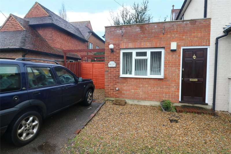 1 Bedroom Semi Detached House for sale in The Street, Eversley, Hook, RG27