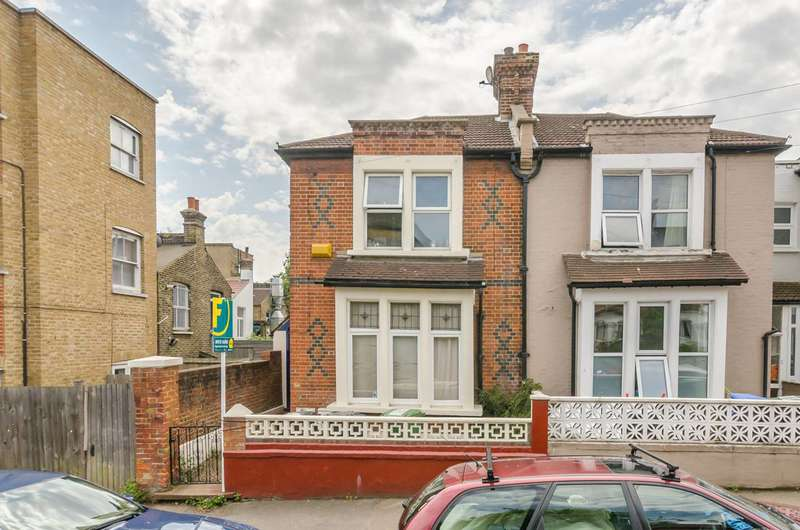 2 Bedrooms Flat for sale in Hazeldon Road, Brockley, SE4