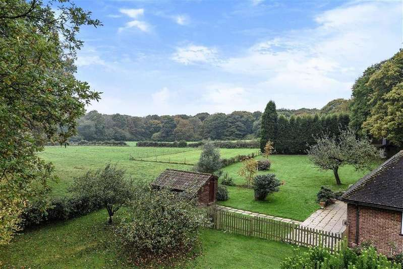 4 Bedrooms Detached House for sale in Walliswood, Dorking, Surrey, RH5