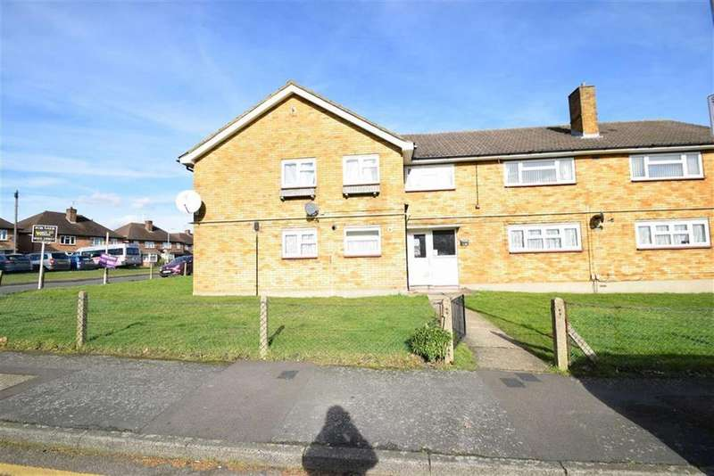 2 Bedrooms Maisonette Flat for sale in Moor View, West Watford, Herts