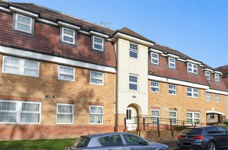 1 Bedroom Flat for sale in 50 Yenston Close, Morden