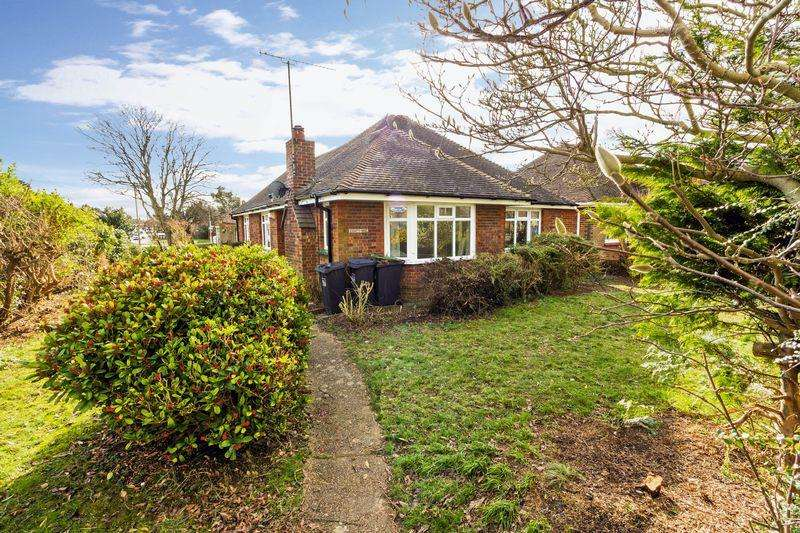 3 Bedrooms Detached Bungalow for rent in Palatine Road, Worthing