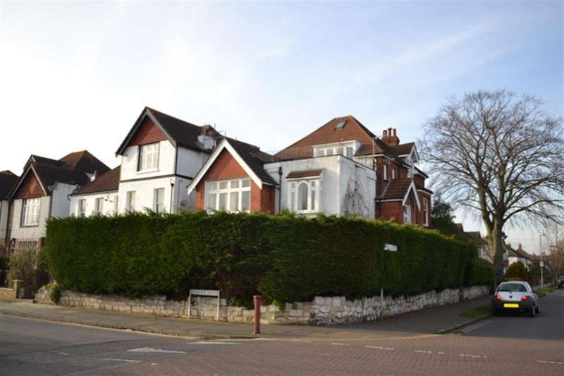 3 Bedrooms Apartment Flat for sale in Avenue South, Surbiton