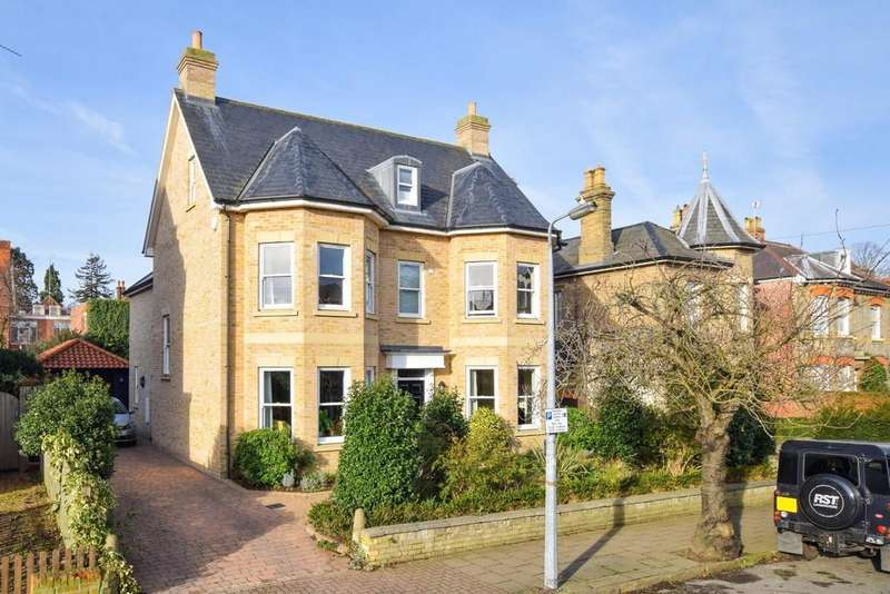 5 Bedrooms Detached House for sale in Oxford Road, Colchester