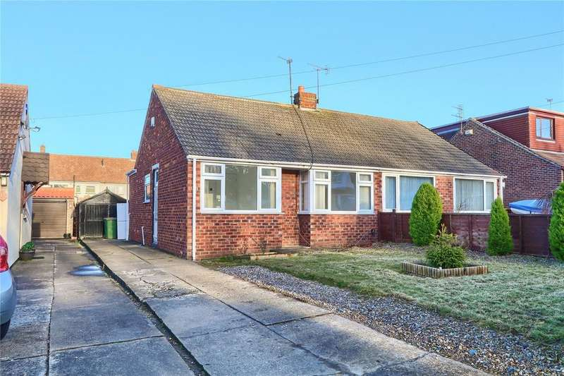 2 Bedrooms Semi Detached Bungalow for sale in Premier Road, Ormesby