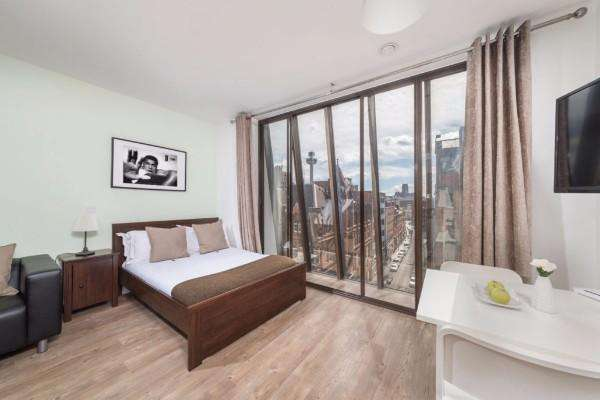 1 Bedroom Property for sale in Liverpool Waterfront Apartments, Liverpool, L8 5SN