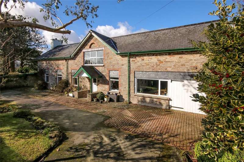 5 Bedrooms Detached House for sale in Brownston Street, Modbury, PL21