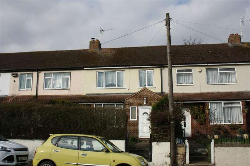 3 Bedrooms Terraced House for sale in Lower Farnham Road, Aldershot, Hampshire