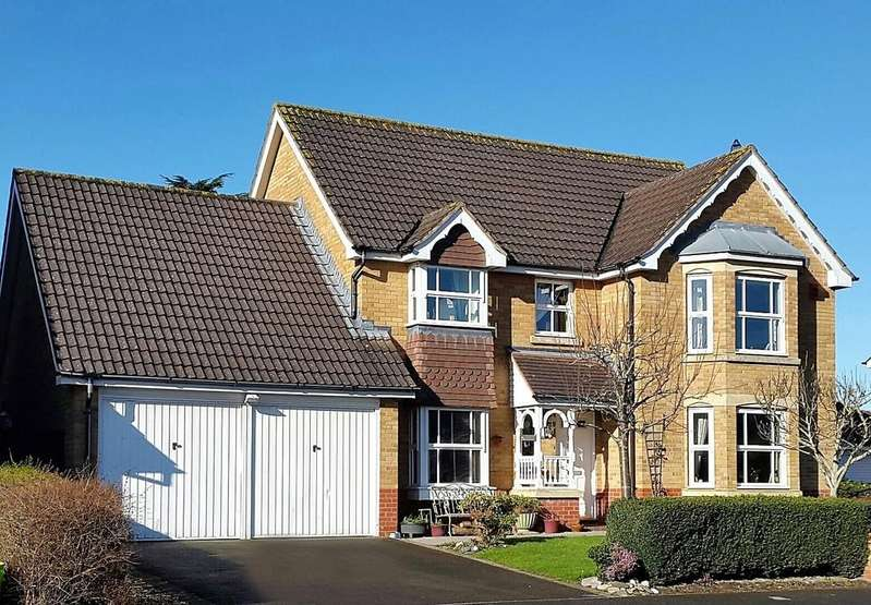 4 Bedrooms Detached House for sale in Executive home on 'The Elms'