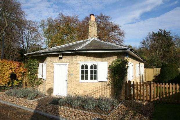 2 Bedrooms Bungalow for rent in Swaffham Prior House, Swaffham Prior, Cambridge