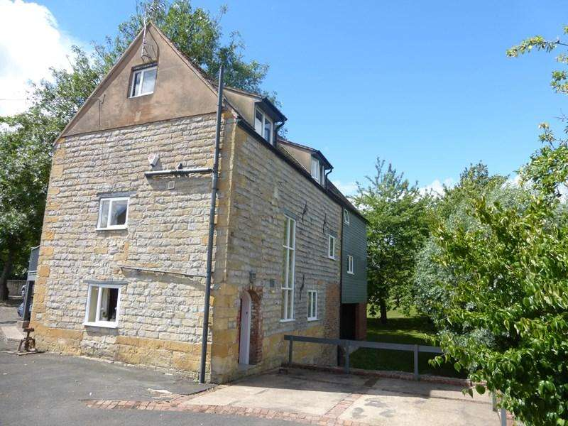 5 Bedrooms Country House Character Property for rent in Hinton-On-The-Green, Evesham