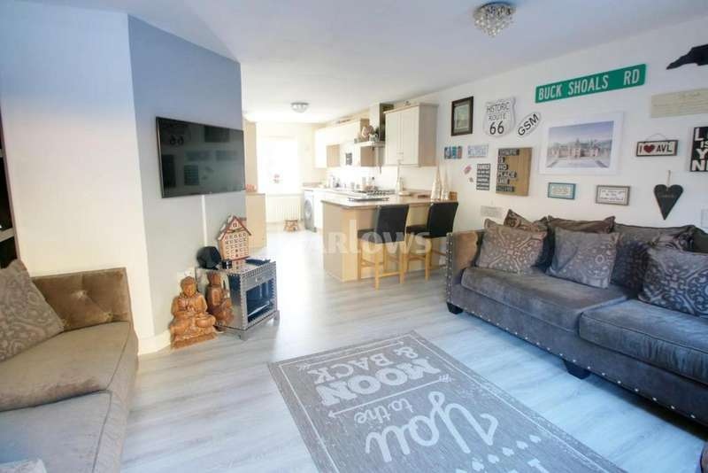 3 Bedrooms Semi Detached House for sale in Heol Cae Ffwrnais, Ebbw Vale, Blaenau Gwent