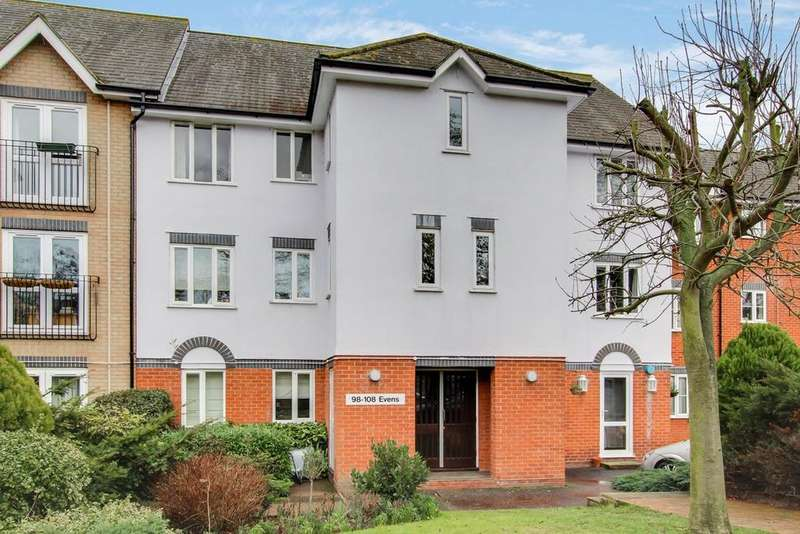 2 Bedrooms Apartment Flat for sale in Victoria Chase, Colchester, CO1