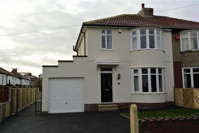 3 Bedrooms Semi Detached House for rent in Fixby Road, Fixby, Huddersfield, HD2