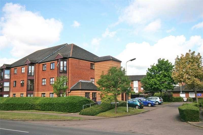 1 Bedroom Retirement Property for sale in Roseacre Gardens, Welwyn Garden City, Hertfordshire