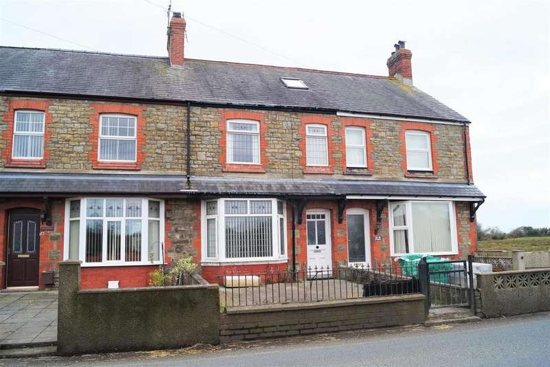 3 Bedrooms Terraced House for rent in Riverside, Pwllheli