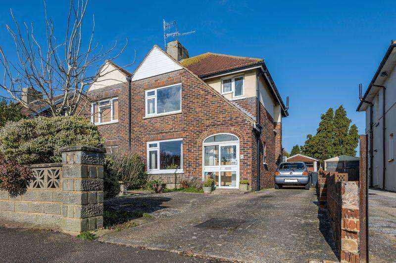 3 Bedrooms Semi Detached House for sale in Leighton Avenue, Worthing