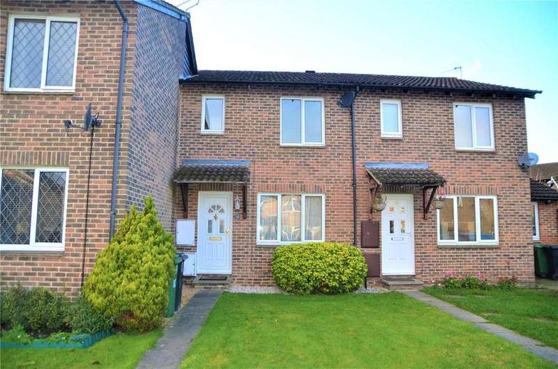 3 Bedrooms Town House for sale in Torcross Grove, Calcot, Reading, Berkshire, RG31