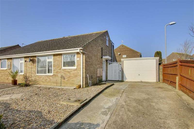 3 Bedrooms Chalet House for sale in Queensway, Seaford