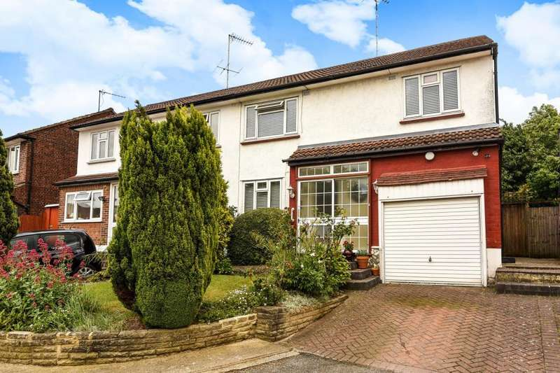 3 Bedrooms House for sale in Howcroft Crescent, Finchley, N3