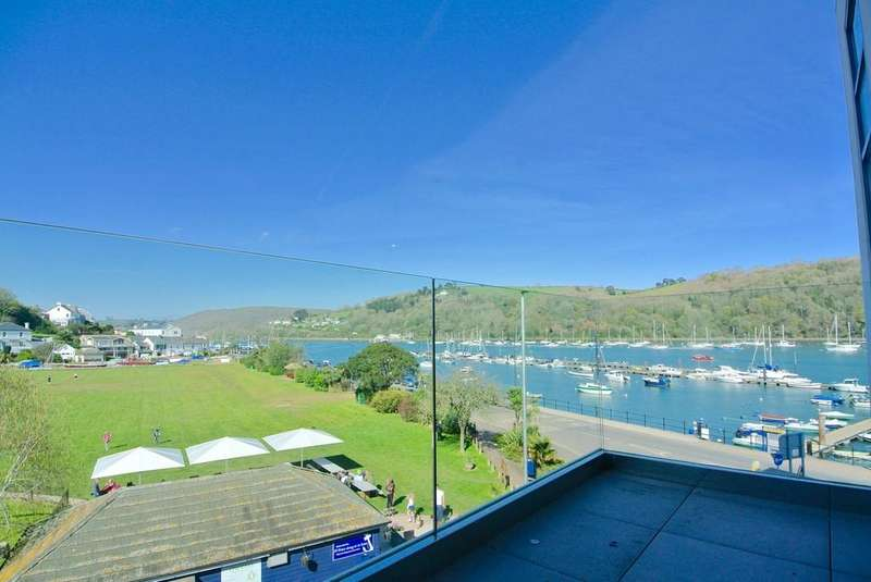 2 Bedrooms Apartment Flat for sale in Apartment 4, Sails, College Way, Dartmouth, Devon, TQ6 9DQ