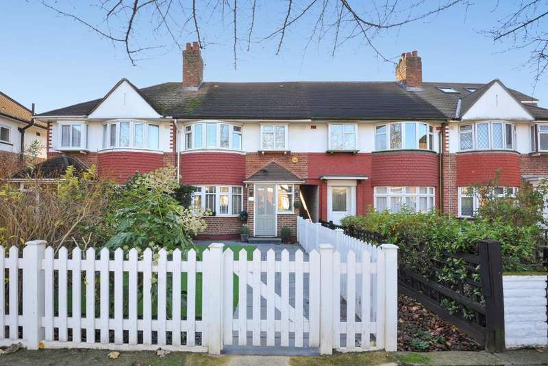 4 Bedrooms House for sale in Old Manor Drive, Isleworth, TW7