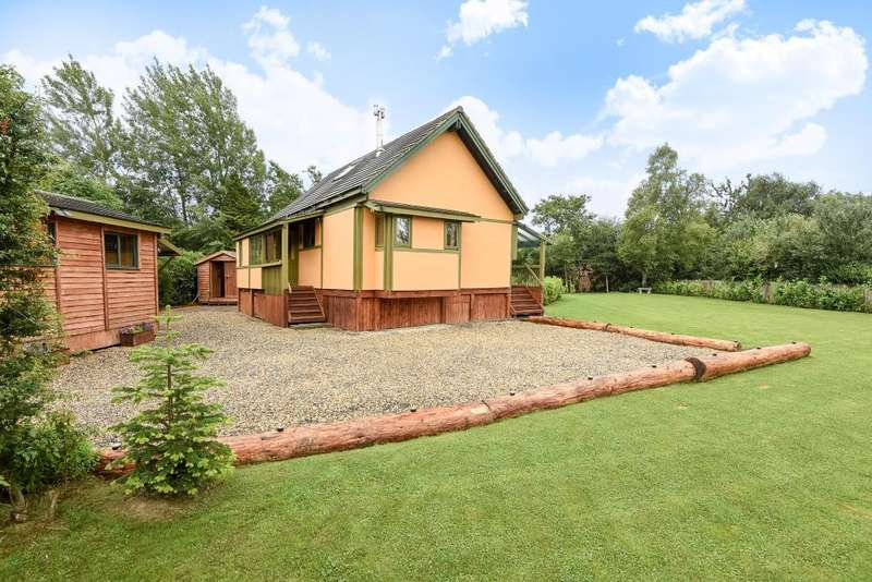 3 Bedrooms Detached House for sale in St. Harmon, Rhayader, LD6